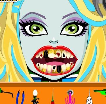 Play Lagoona Blue Dental Care Game