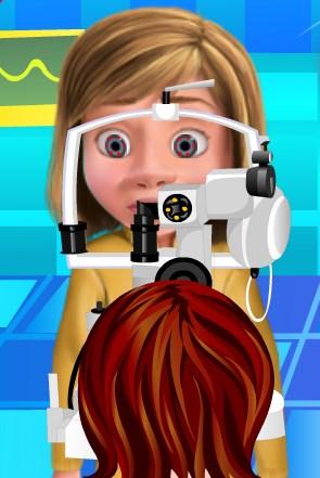Play Riley Eye Doctor Game