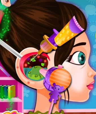 Play Baby Ear Doctor Game