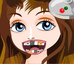 Play Modern Girl At Dentist Game