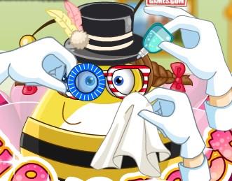 Play Pou Eye Doctor Game