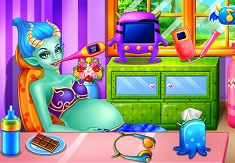 Play Monster Pregnant Baby Birth Game