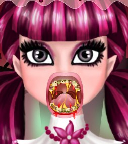 Play Draculaura Real Vampire Dentist Game