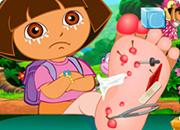 Play Dora Foot Injuries Game
