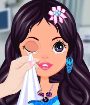 Play Princess Eye Care Game