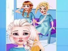 Play Princesses Emergency Room Game